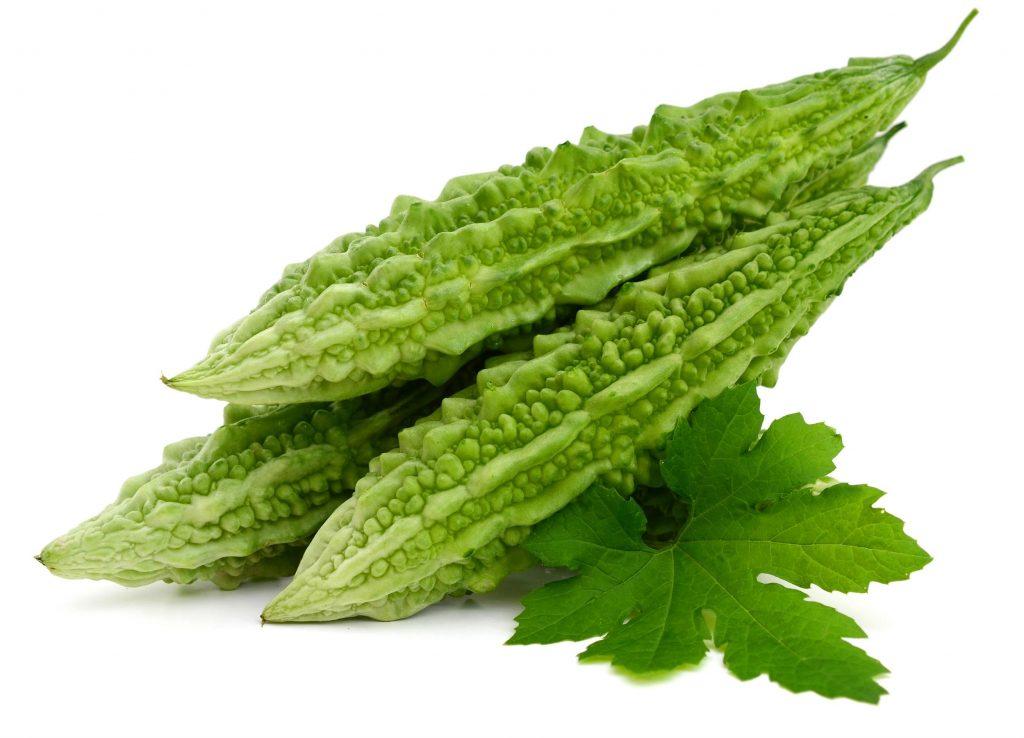 Tout comme la capsaïcine, le lapacho ou les feuilles de Graviola corossol le concombre amer bio est aussi un anti cancer naturel puissant.